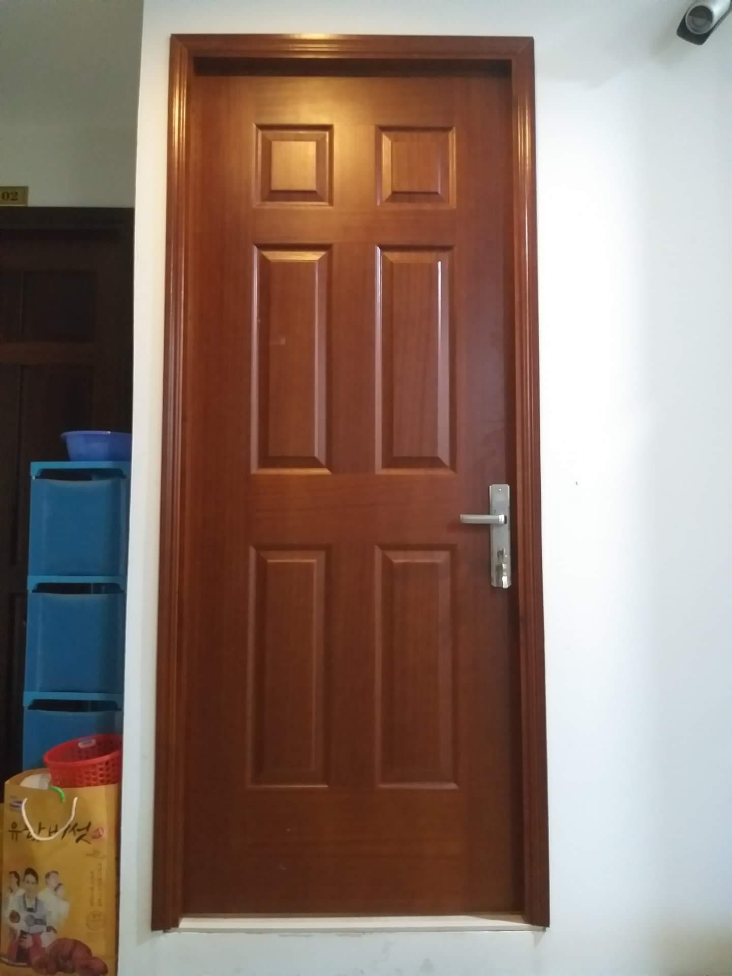 cửa HDF Veneer
